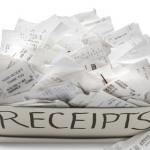 Hàng ngày chúng ta tiếp xúc với rất nhiều hóa đơn in nhiệt. Ảnh: Shutterstock