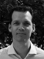 Nhà nghiên cứu Daniel McArthur